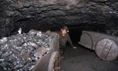 Coal_mine_in_Meghalaya